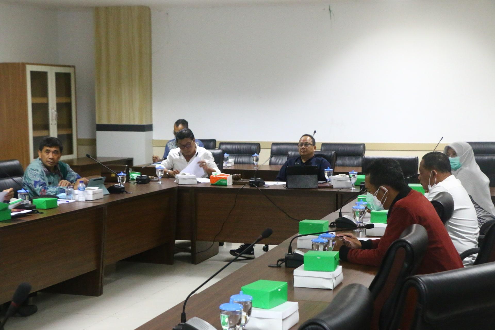 Rapat Pimpinan DPRD dengan Sekretariat DPRD