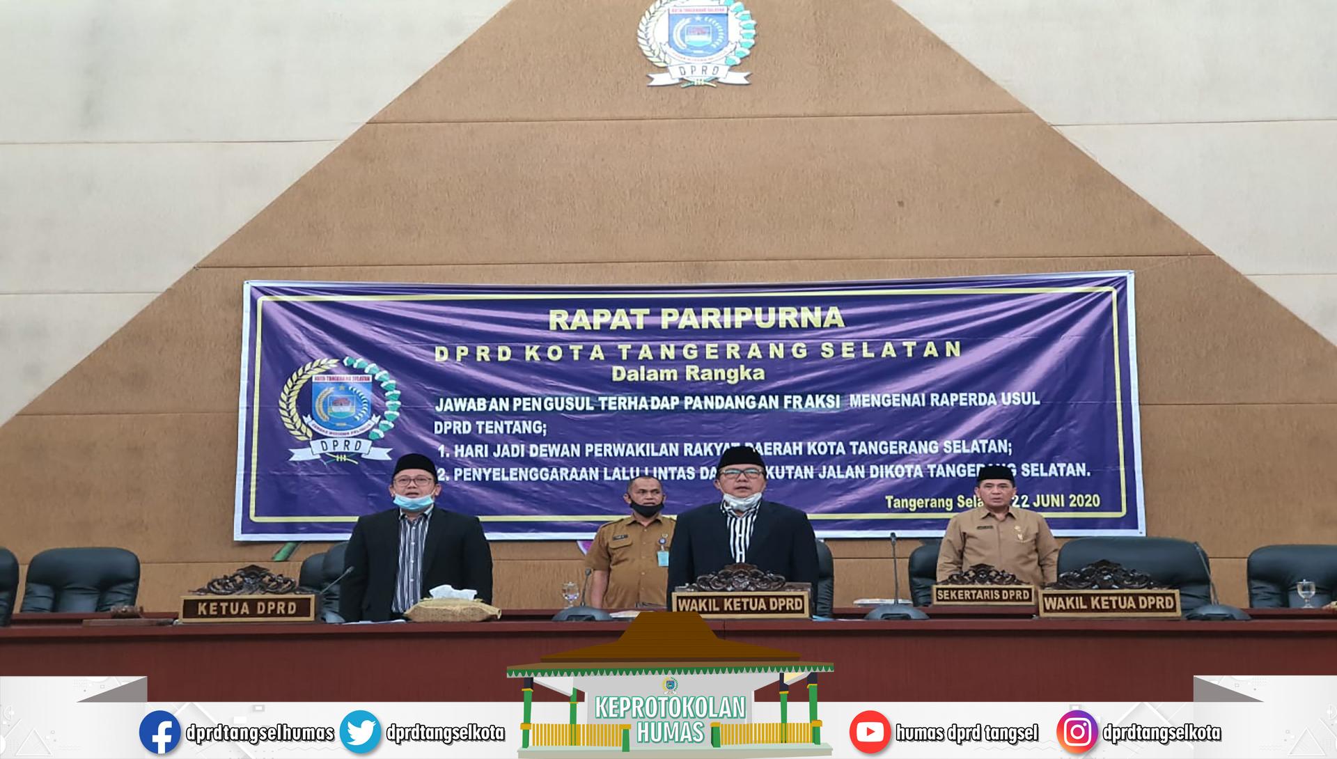 Rapat Paripurna Jawaban Pengusul terhadap Pandangan Fraksi Raperda
