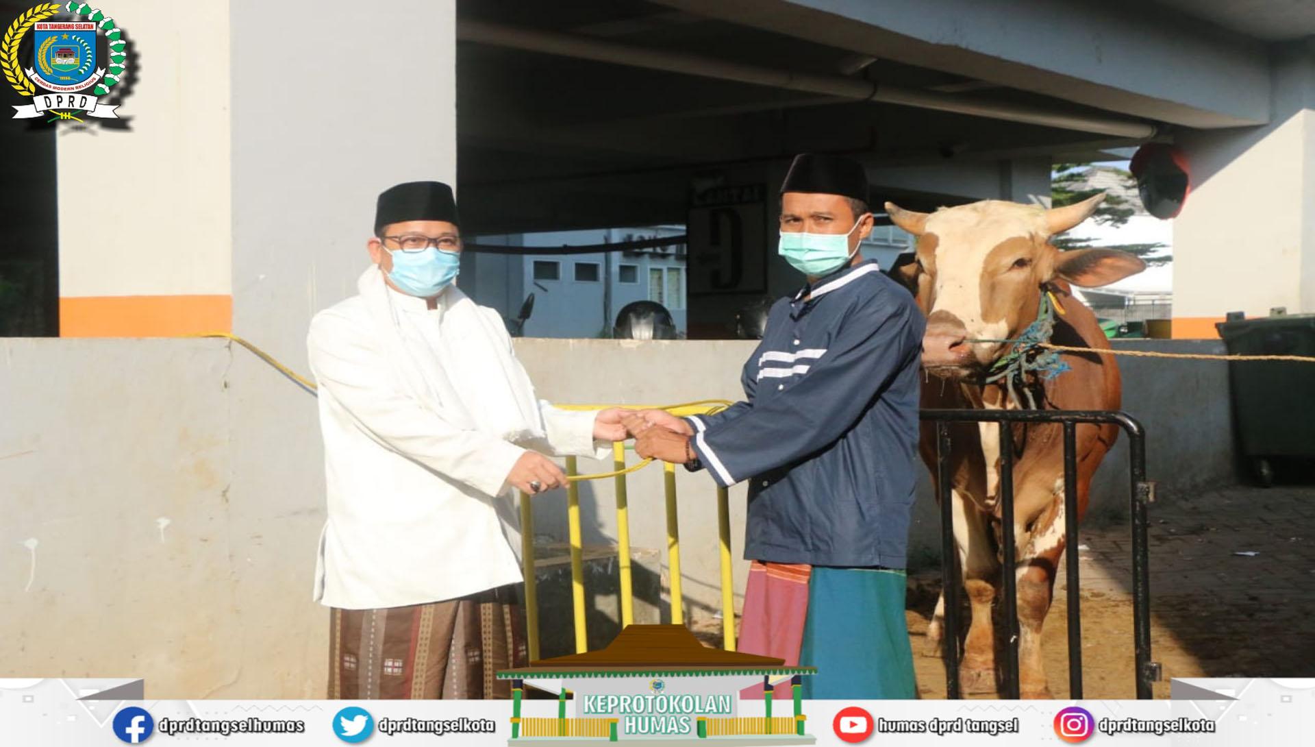Ketua DPRD Tangsel Laksanakan Salat Idul Adha di Masjid Al I'tishom