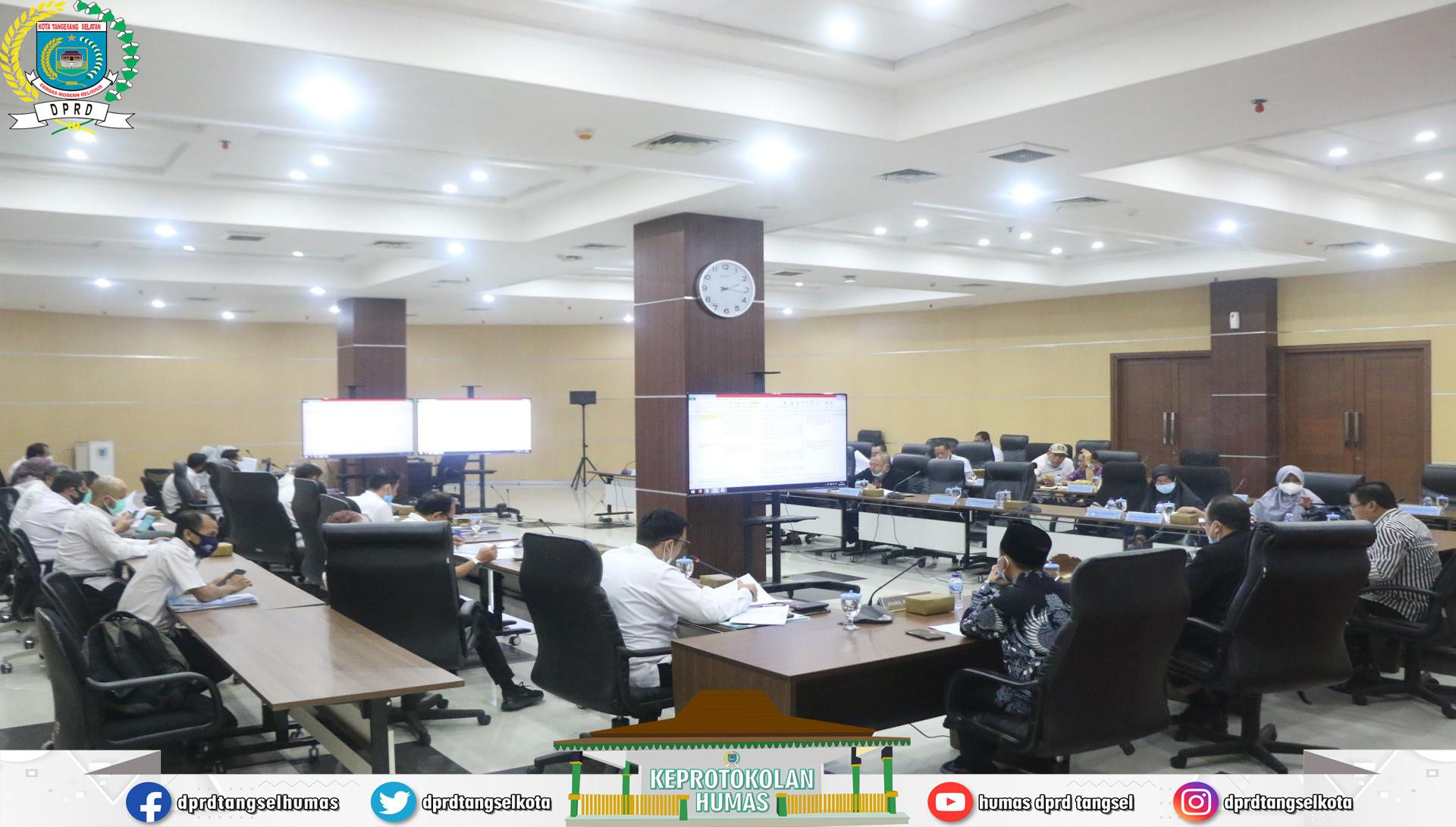 Rapat Badan Anggaran dgn TAPD Finalisasi Raperda APBD Perubahan 2020