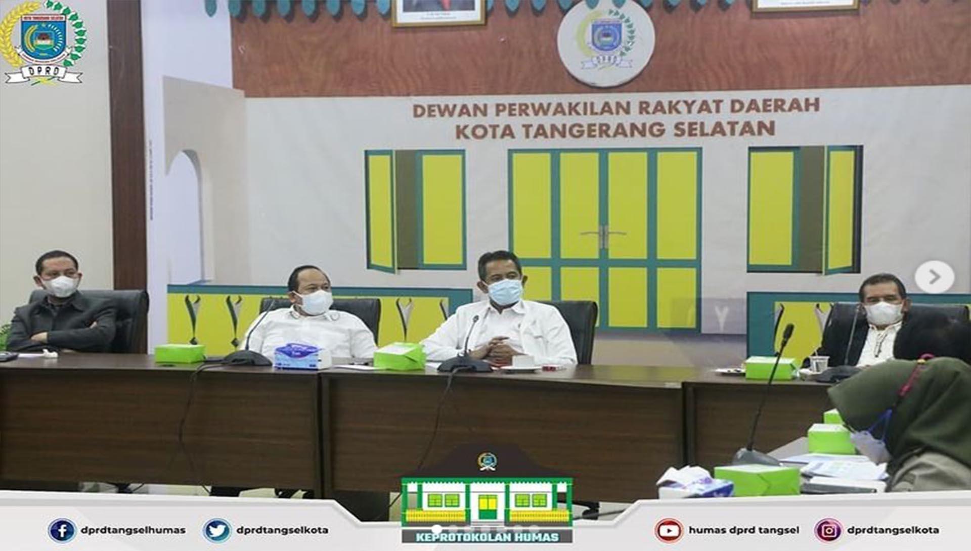Rapat Dengar Pendapat DPRD bersama BPN dan Camat