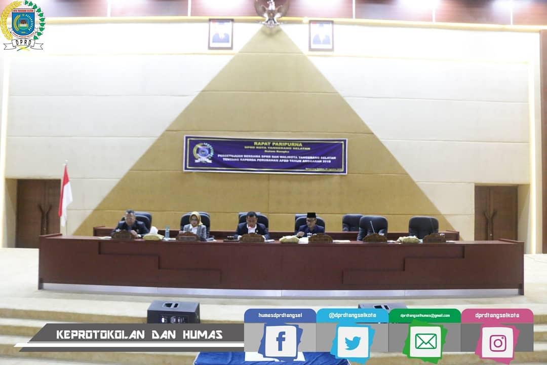 Rapat Paripurna DPRD Kota Tangerang Selatan