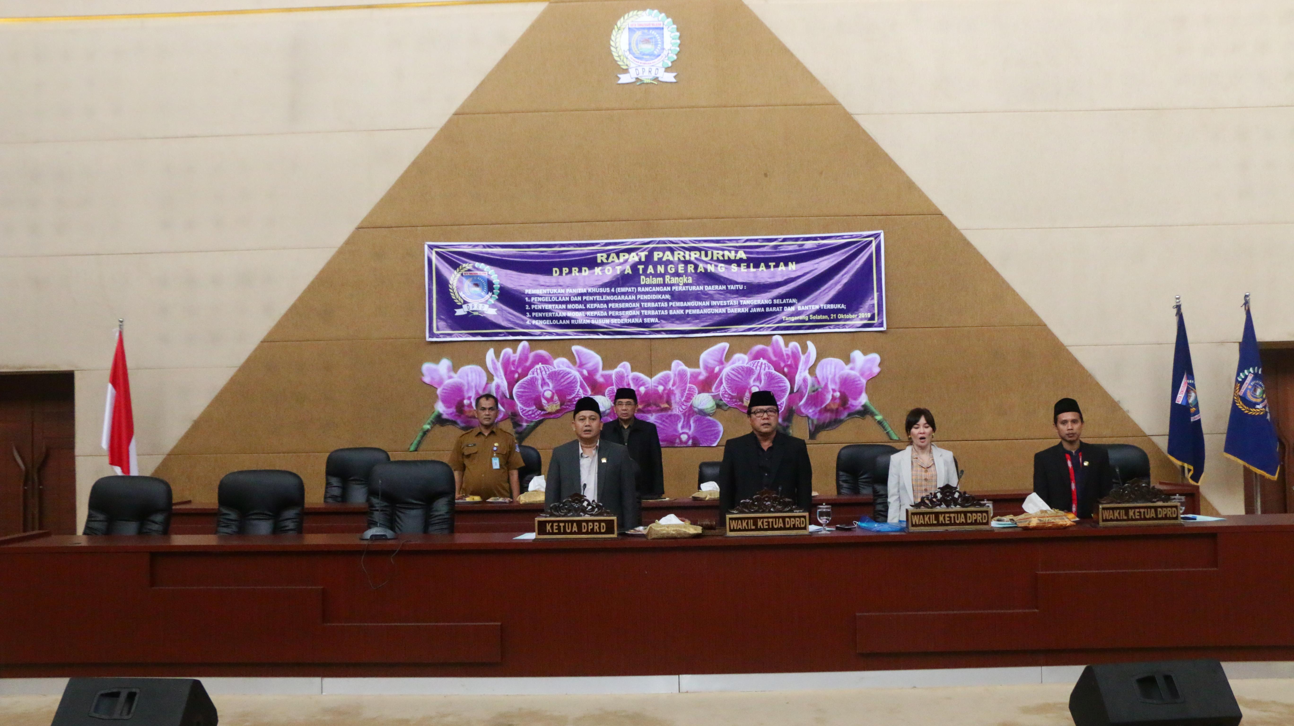 Rapat Paripurna Pembentukan Panitia Khusus 4 Raperda