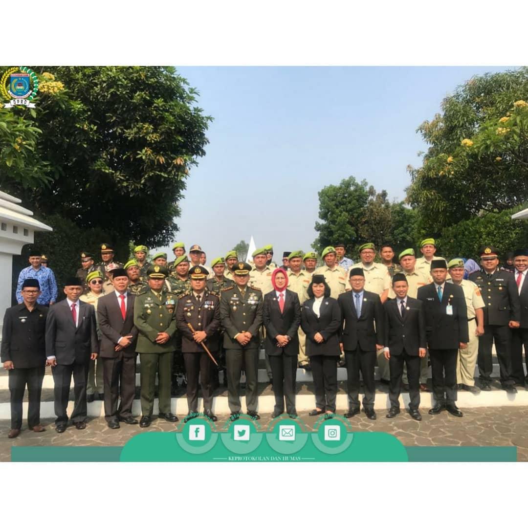 Pimpinan DPRD Memperingati Hari Pahlawan Tahun 2019