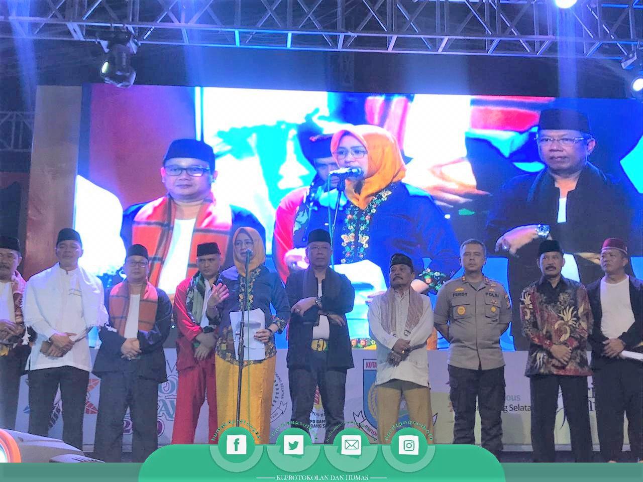 Pimpinan DPRD Turut Meriahkan Festival Lenong Betawi 2019
