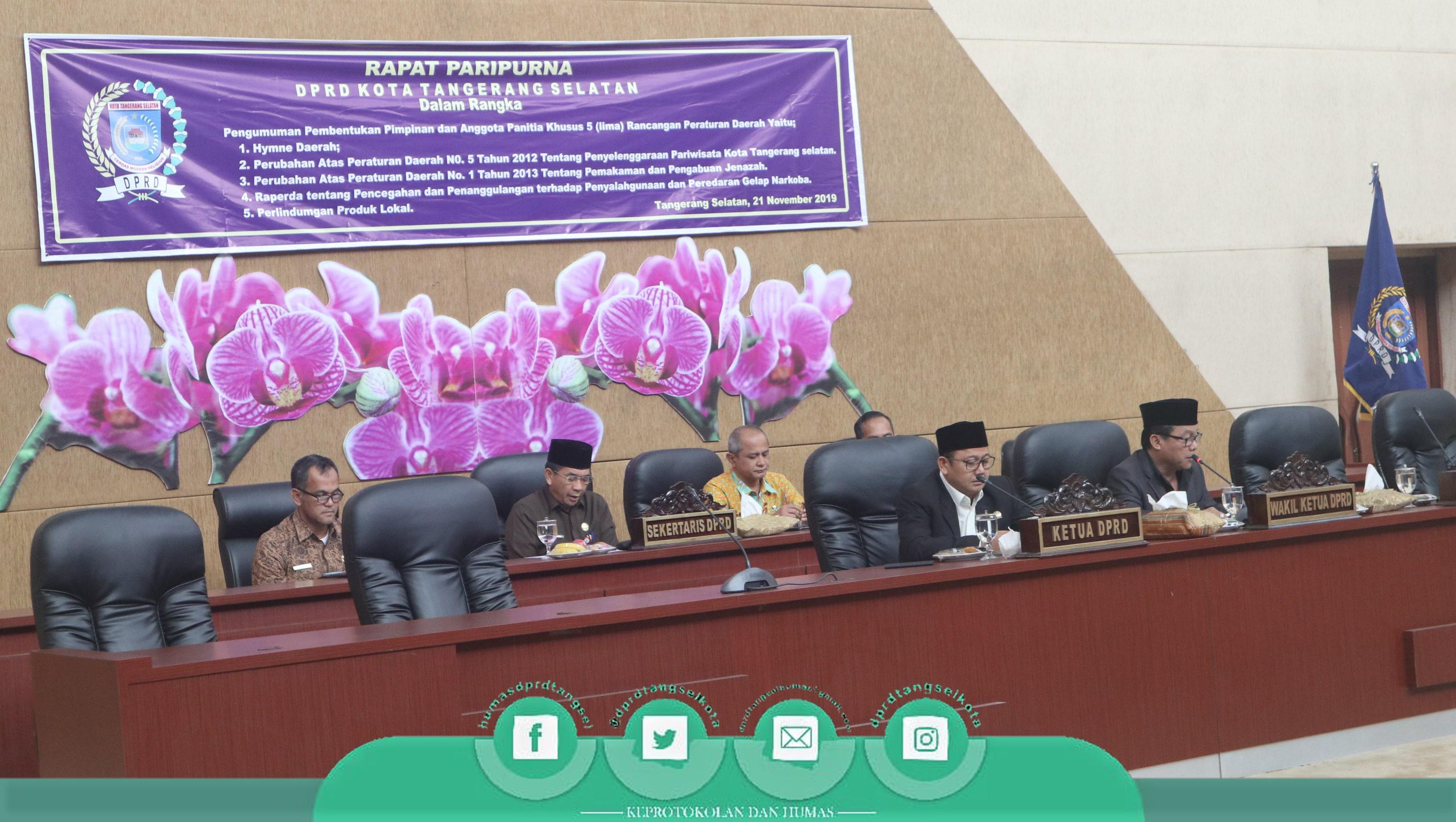 Pembentukan Pansus 5 Raperda, DPRD TangSel Adakan Rapat Paripurna