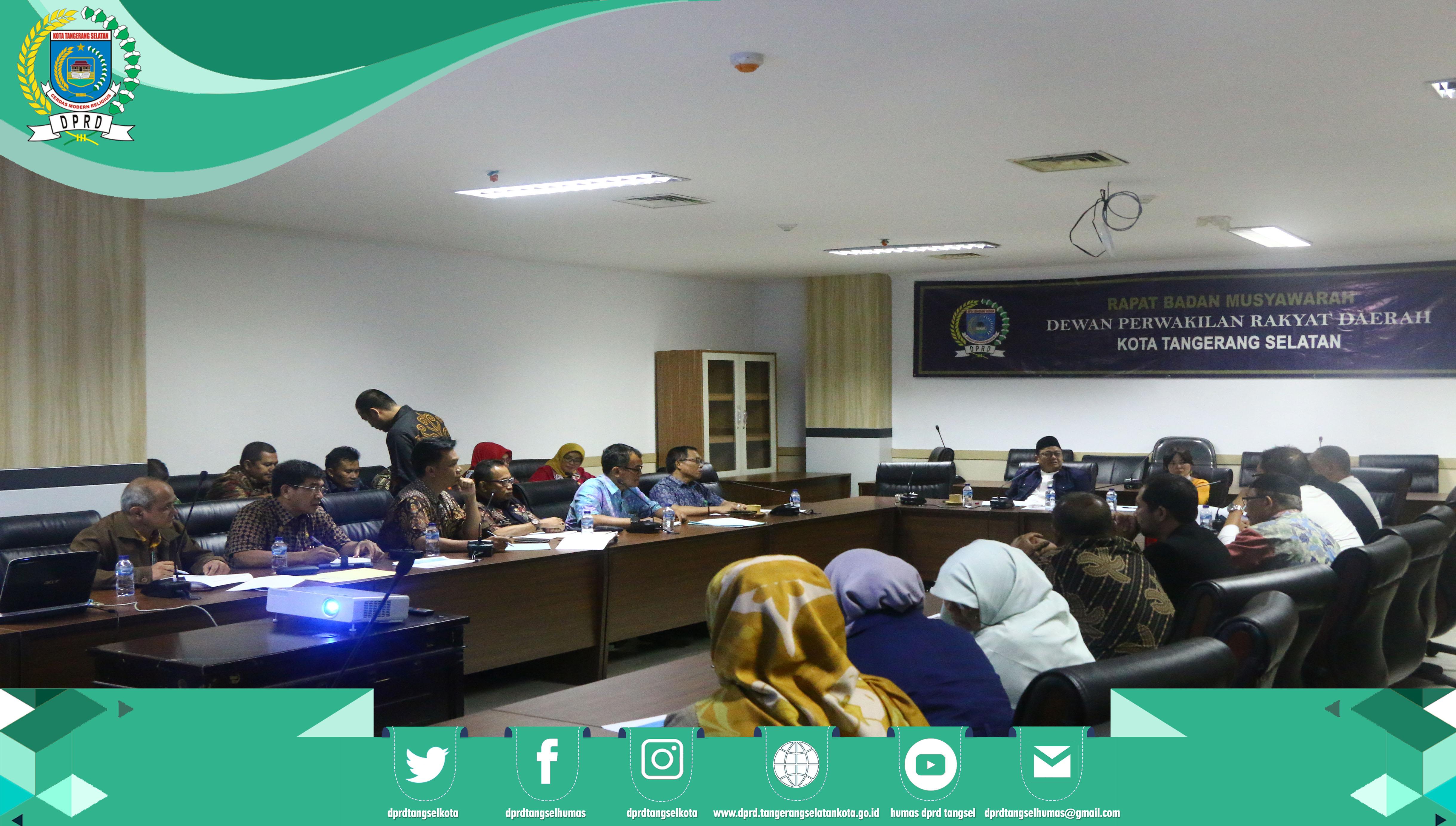 Rapat Rutin Pimpinan DPRD dengan Jajaran Sekretariat DPRD