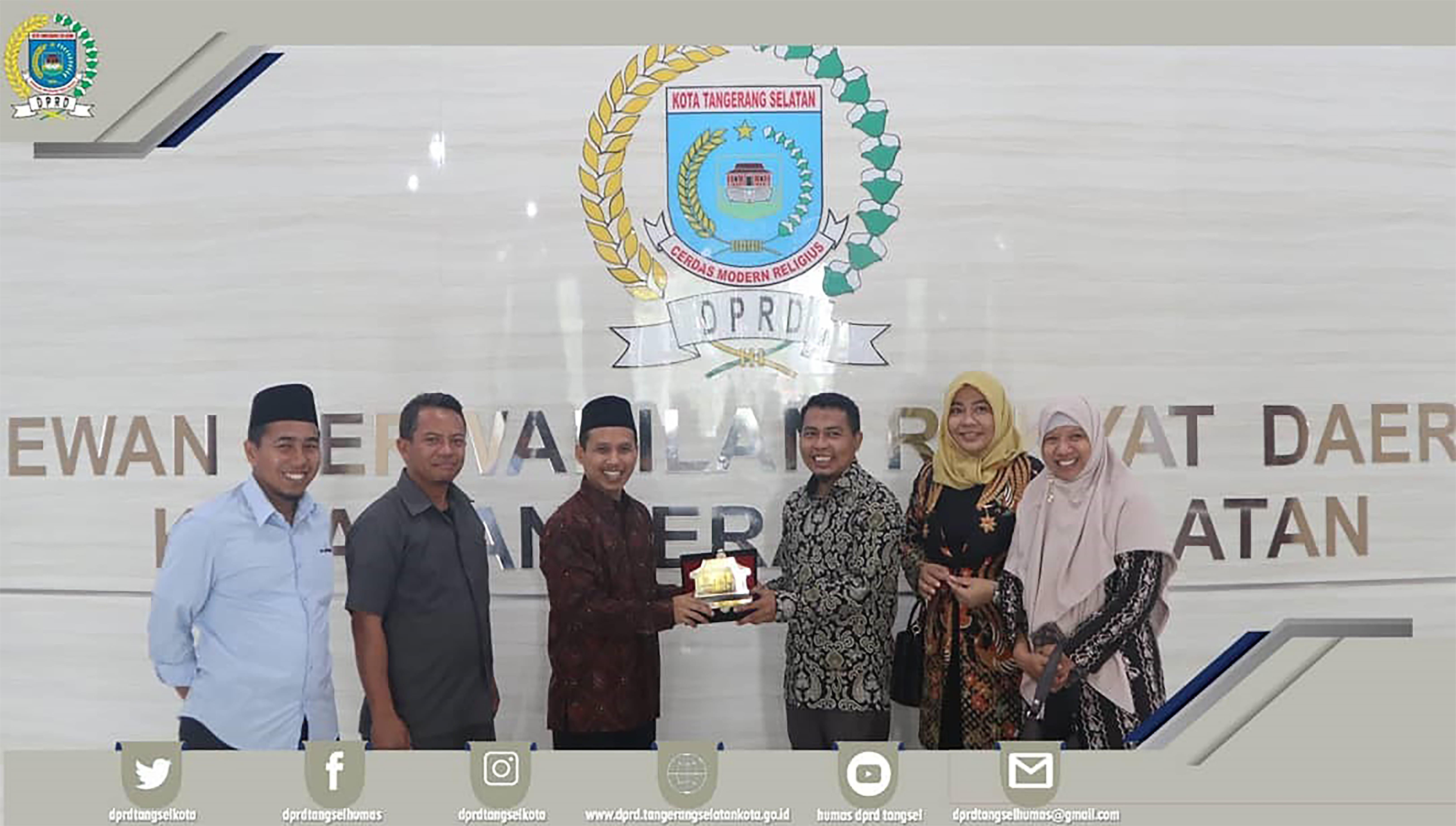 Wakil Ketua DPRD menerima Kunker dari DPRD Kabupaten Lombok Barat