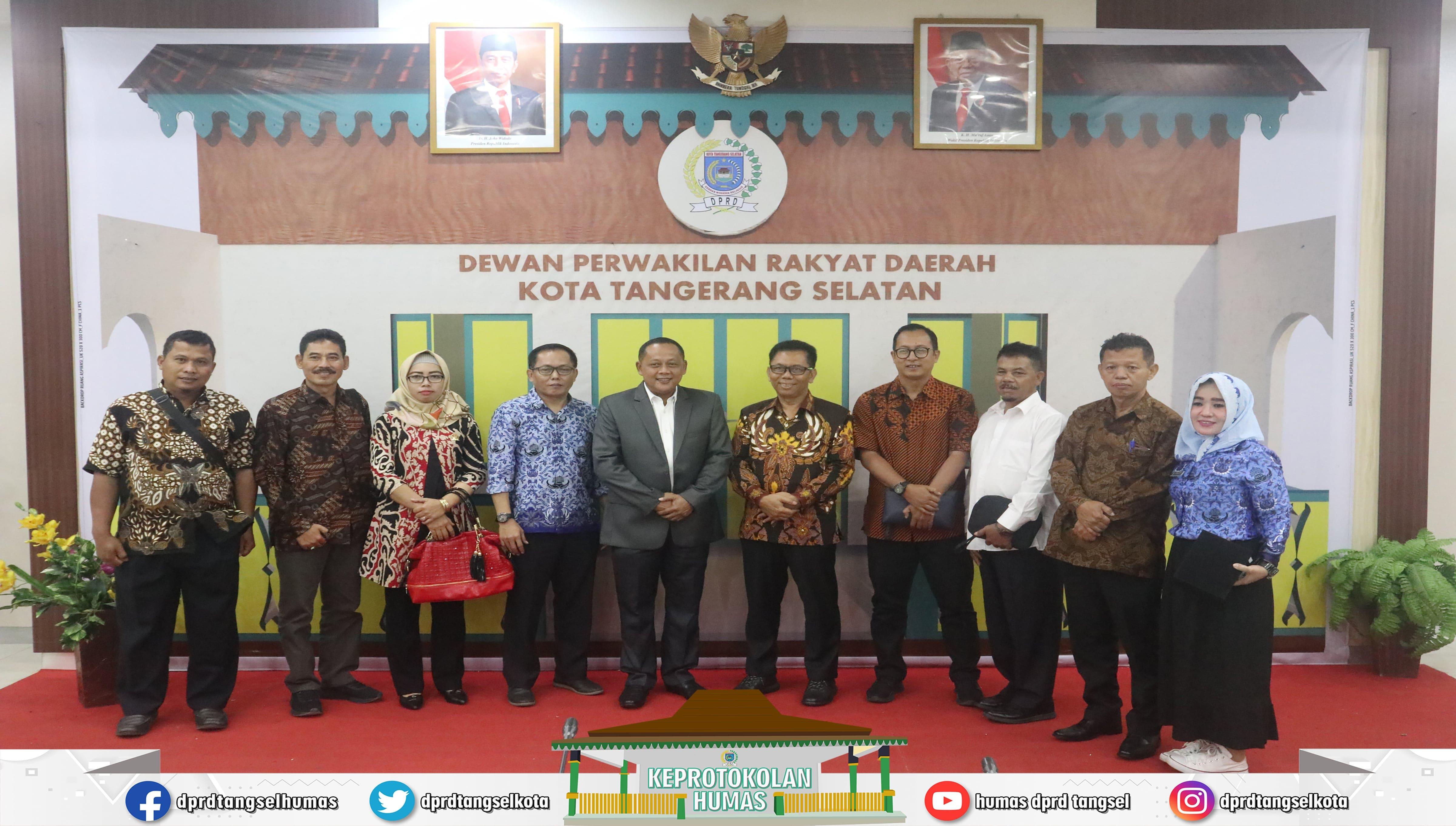 Ketua Bapemperda menerima kunker dari DPRD Kabupaten Magetan